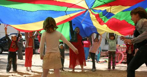 Cramo förlänger samarbetet med SOS Barnbyar