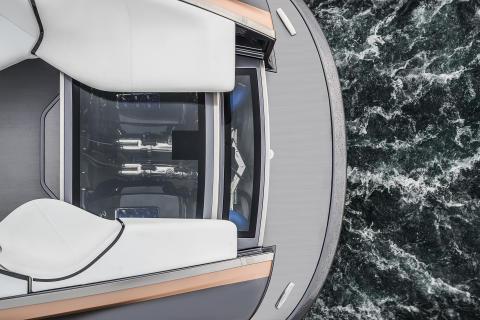 Lexus Sport Yacht har dubbla 5,0-liters bensindrivna V8-motorer