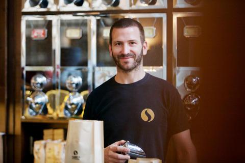 Inhaber Andreas Raab vom Markt 11 in Jena
