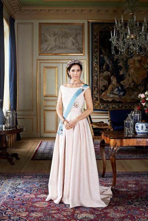 H.K.H. Kronprinsessen besøger børn af misbrugere