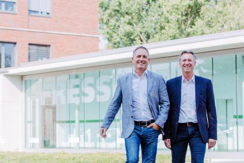 Betreuen den Vertrieb von Fressnapf in Deutschland künftig als Team: Michael Vinzing (l.) und Jochen Huppert