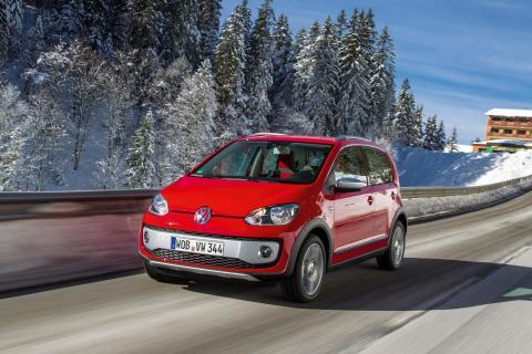 Premiär i Genève: Volkswagen cross up!