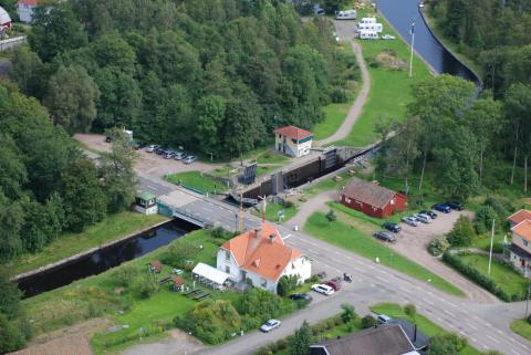 """Invigning av nytt konstverk """"Pålstek vid Göta kanal"""