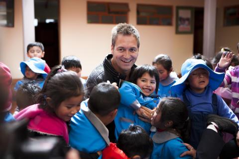 Dieter Nuhr startet Spendenaktion für arme Kinder in Bolivien