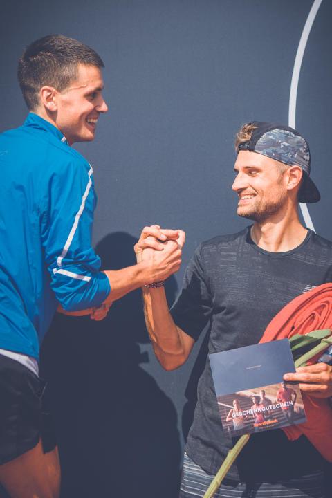 Valentin Pfeil sorgte beim Halbmarathon der Männer mit 64:07 Minuten für einen Streckenrekord