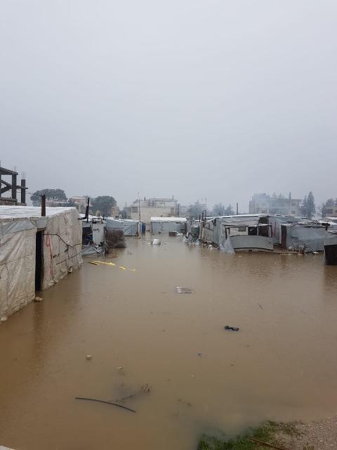 Flüchtlingskinder in Gefahr: Erst Schnee und Eis, dann Überschwemmungen / SOS-Kinderdörfer befürchten Winterkatastrophe im Libanon