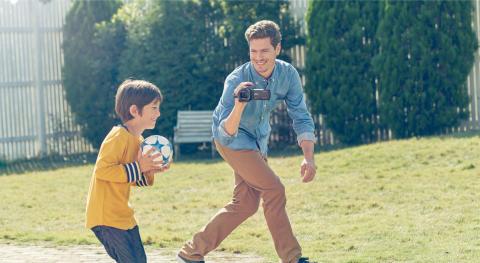 Sony FDR-AX53 4K Handycam®