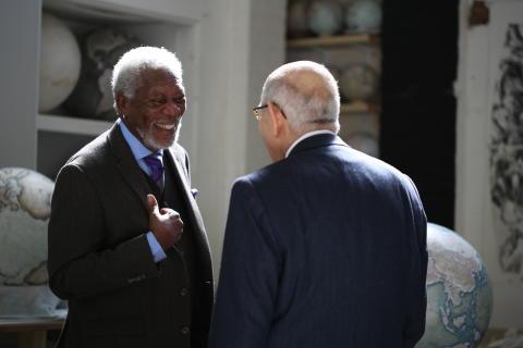 Vores verden med Morgan Freeman. Kampen for freden