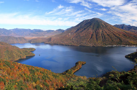 Travel to Nikko and Aizu to Combine an Early Experience of Fall  at Japan's Highest Lake with an Introduction to Samurai Culture