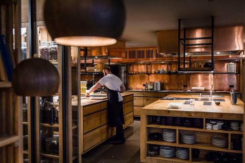Rasmus Friis A/S ombygger Michelin-restaurant