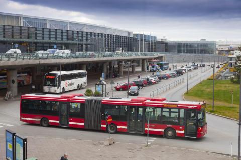 Buss 583 mot Märsta station