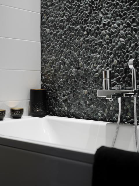 Badrumstrender 2015 - naturmaterial och stora plattor