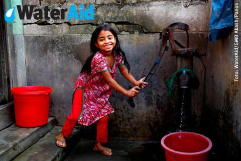 Miljoner skäl att fira - PostkodLotteriet ger WaterAid 7 miljoner kronor