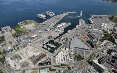 Tallink testet intelligente Fahrspuren für das Boarding mit Fahrzeugen im Hafen von Tallinn