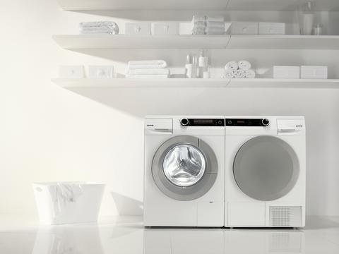Den intelligente vaskemaskinen styrer vasken