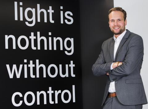 """""""Ein intelligentes Gebäude muss dem Nutzer unbemerkt alle Aufgaben abnehmen"""": Interview mit Klaus Wördemann, Produktmanager Sensortechnik"""