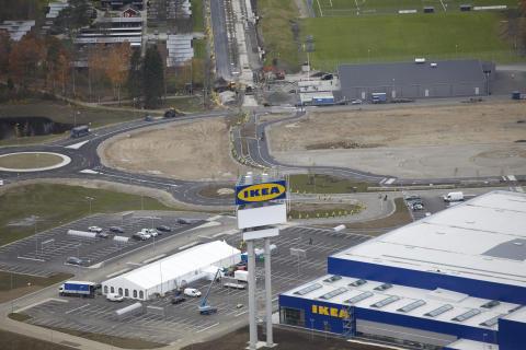 Tusen personer flyttade till nya IKEA Älmhult