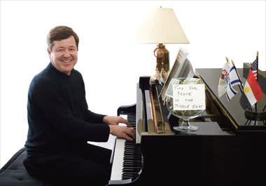 Konsert med pianisten Mark Damisch i Nordstan 31 augusti
