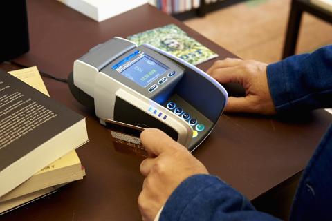 Le Luxembourg passe aux cartes de paiement sans contact avec Visa Europe