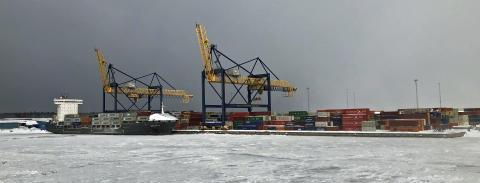 Fortsatt stark tillväxt för containerterminalen i Gävle hamn