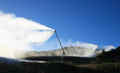 Snøproduksjonen er i gang i Hemsedal