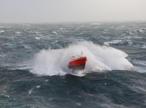 ESVAGT Delta i uvejr