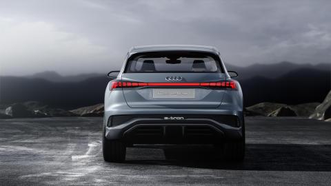 Audi Q4 e-tron concept (Solar Sky)