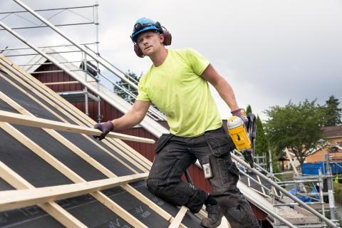 Jönåker Elegant-tak med 15 års Tätt Tak-garanti i Mariestad.