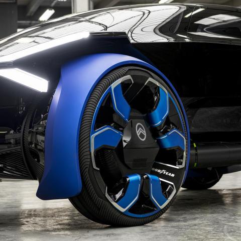 Samarbete med Citroën i samband med deras 100-årsjubileum för att leverera självkörande elektrisk mobilitet