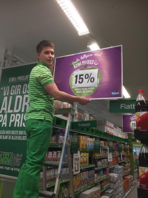 Butikksjef Fredrik Karlsson på KIWI Løren