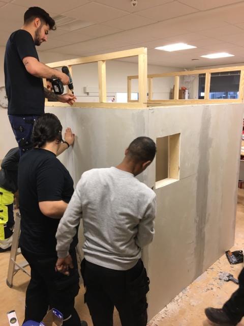 Flygtninge fra Gentofte Kommune introduceres til erhvervsuddannelser og arbejdsmiljø