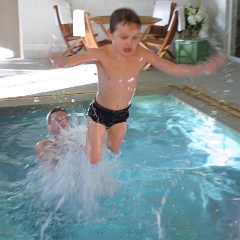 Bada på Blommenhof Hotell