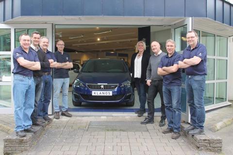 Klangs Bil i Lidköping säljer och servar Peugeots person- och transportbilar