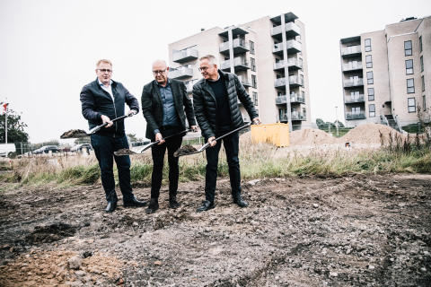 Borgmesteren tager første spadestik til endnu 29 lejligheder på Havnefronten i Horsens