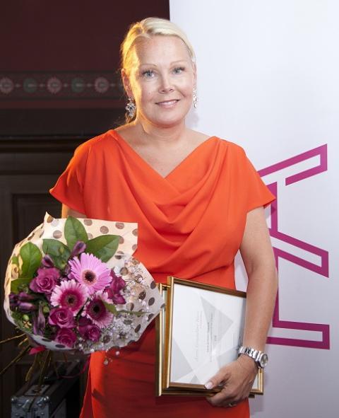 Utmärkelsen Årets Grundare Norr till norrländska Snö of Swedens grundare Lena Jonsson Näslund