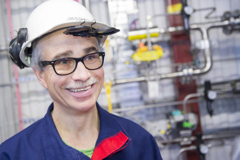 Partiklar möter gas i ny pilotanläggning