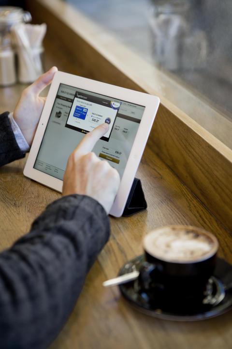 Platba online pomocí tabletu