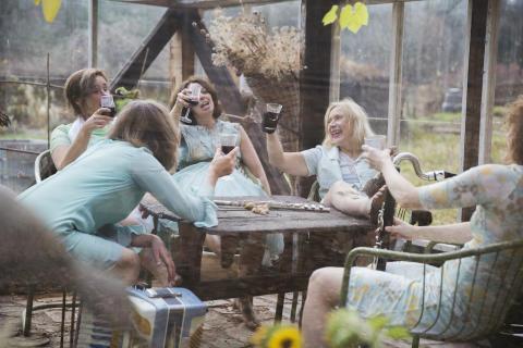 Scenkonst Sörmland presenterar stolt Jag lever - jag lever! som gästspel på Klara Soppteater