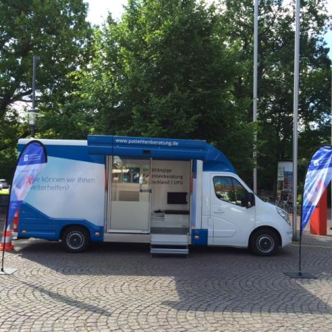Beratungsmobil der Unabhängigen Patientenberatung kommt am 26. März nach Uelzen.