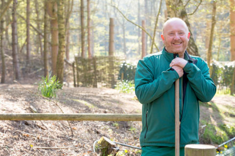 Center Parcs ranger makes a feathered friend