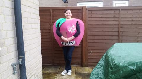 Hertfordshire woman set to tackle London Marathon as Pink Lady® apple