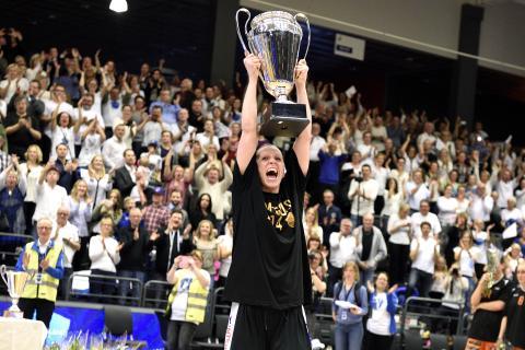 Basketligan dam startar i Sveriges nyaste arena