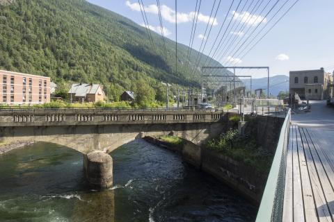 Neben reichlich vorhandenen erneuerbaren Energien punktet Norwegen bei Betreibern von Rechenzentren mit einem starken Stromnetz, langfristigen Preisgarantien und optimalen Standorten.
