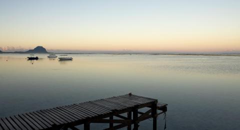 Mauritius_vue sur Le Morne ©MTPA_Bamba
