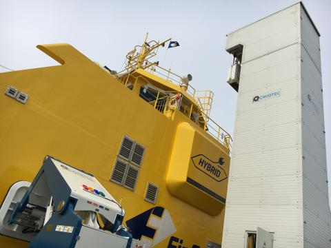 Cavotec extends its leadership in automated mooring and charging for e-ferries