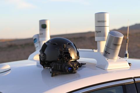 Nincs fény? Nem gond! LiDAR szenzor-technológiájával a Ford Fusion kísérleti önjáró autó a sötétben is lát