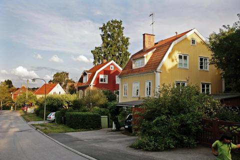 """Kommentar till Svensk Mäklarstatistik: """"Siffrorna pekar mot en sundare bostadsmarknad"""""""