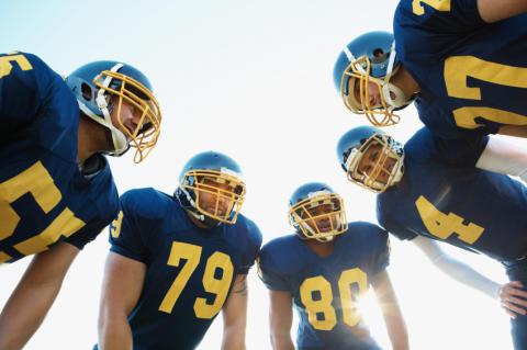 Sex från Stockholms universitet uttagna till lördagens studentlandskamp i amerikansk fotboll