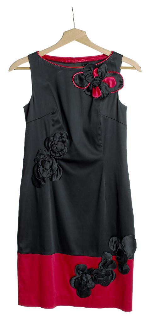 Kjole fra Nadia Hasnaoui til Fretex