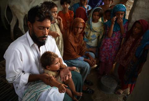 Pakistan ett år efter katastrofen: Hafiz Mumtaz Ahmed